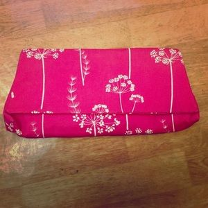 Vintage 'Dot's Needle' Pink Fabric Clutch 💖